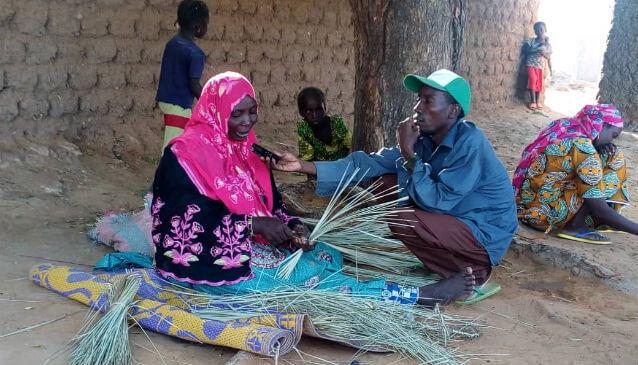 Video: Community radios mobilise rural communities in Niger