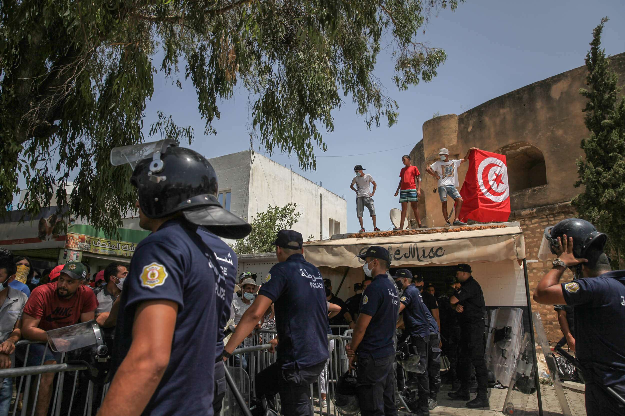 Uphold press freedoms in Tunisia
